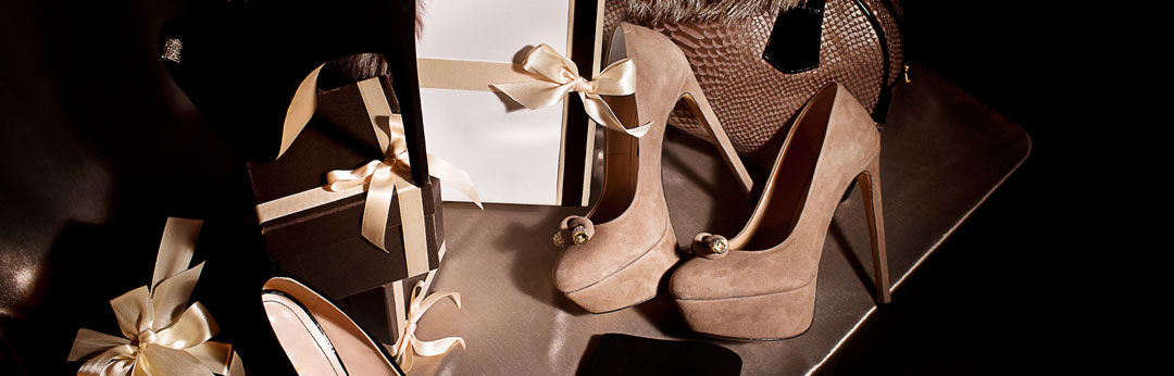 7 Luxury fashion gifts every woman dreams of